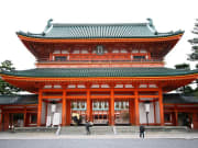 The massive entryway to Heian Jingu Shrine