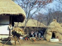 220989 Korean Folk Village