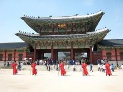 景福宮(キョンボックン) (ソウル市内観光ツアー) | ソウルの観光・オプショナルツアー専門 VELTRA(ベルトラ)