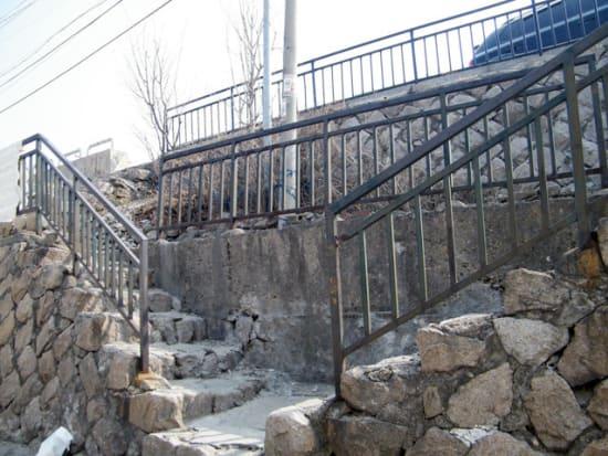 【シークレット】ライムの家の前の階段