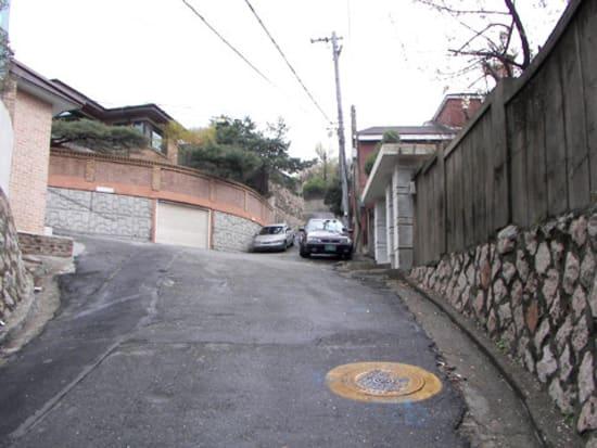 【私の名前】サムスンの家までの坂道
