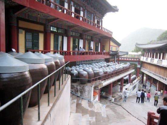 50棟余りの建物が立ち並んだ救仁寺