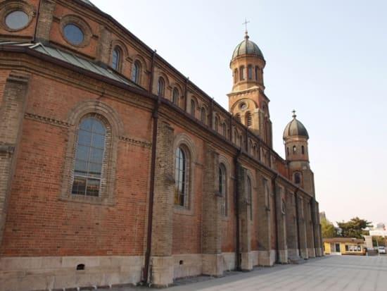 神聖な殿洞聖堂