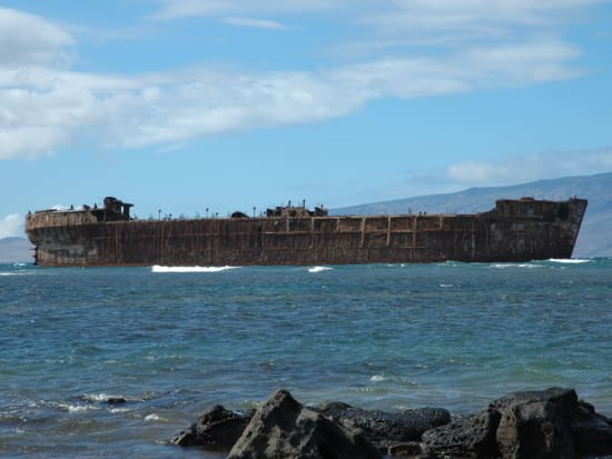 Hawaii_Lanai_Expeditions_Ferry_Shipwreck_Beach