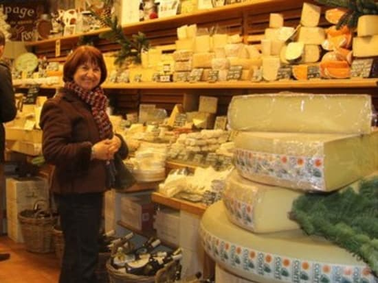 Aligre-market-cheeseshop-1