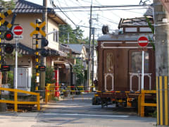Kyoto Randen tram at a crossing