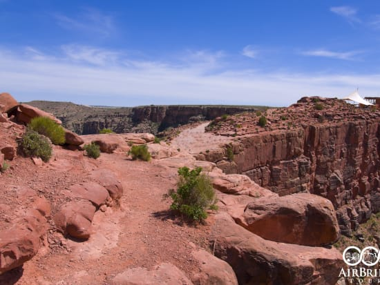 las-02a-grand-canyon-west-rim-guano-point-from-edge