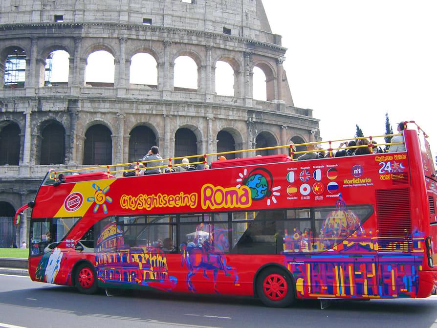 Open top bus tour rome