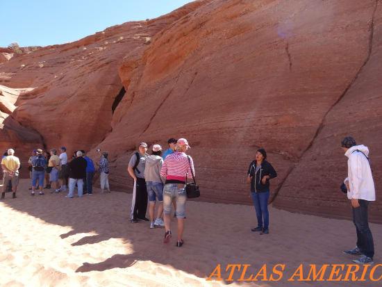 upper_antelope_canyon_1