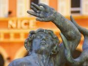 ニース-銅像