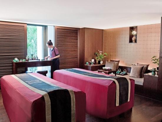 Banyantreespa_double treatment room