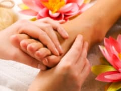 flower-foot-massage