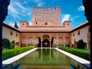 Alhambra-patio-de-los-Arrayanes