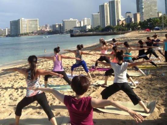 Yogaloha Waikiki Outdoor Yoga Cl