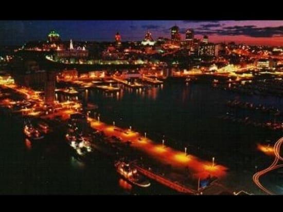 ノスタルジックな夜 ケベック旧...