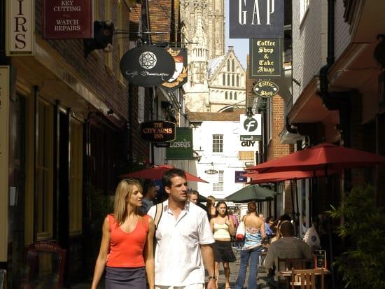 8014 Canterbury Shopping -walk