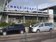 レンヌ空港、送迎車1