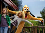 Meet n Greet in Disneyland Railroad