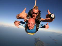 tandem skydive australia man and instructor