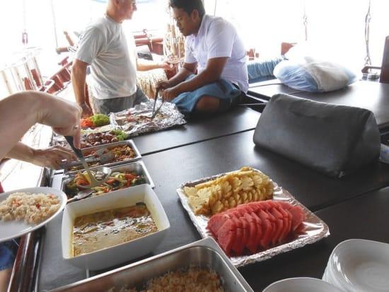ジューンバトラでの福建麺