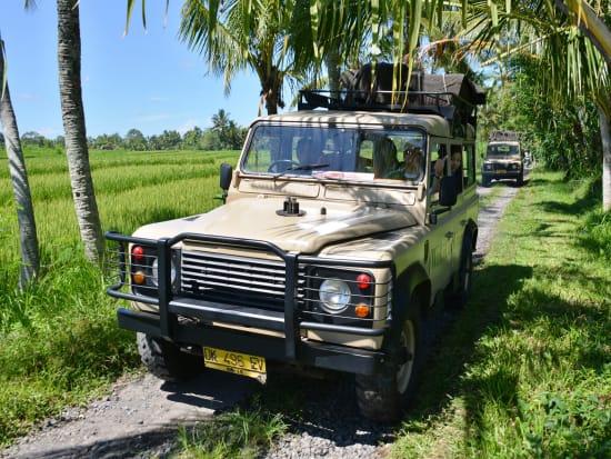 C - Land Rovers trip 1