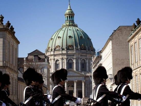 02-panorama-amalienborg-palace