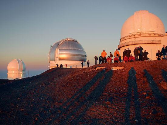 20140808204544_218946_Summit_observatories-crop