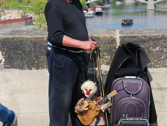 Marionette Player on Bridge