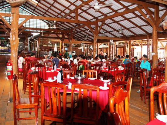 バンジー島のレストラン