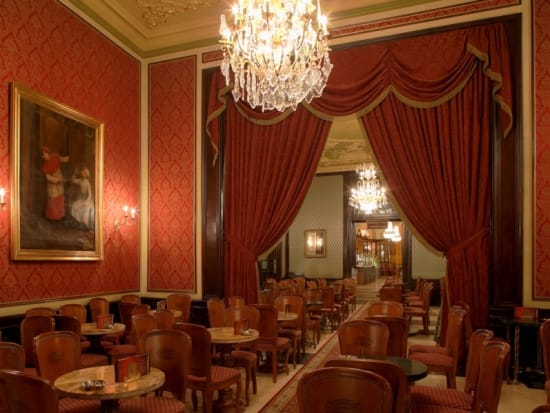 Gerbeaud-Cafe-small