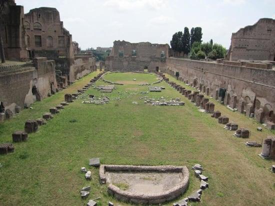 IT_ROME_AM FORO ROMANO WALKING_Palatino1_2011