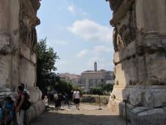 IT_ROME_AM FORO ROMANO WALKING_Palatino5_2011