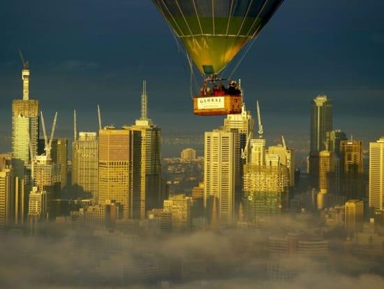 Basket_over_Melbourne_LR
