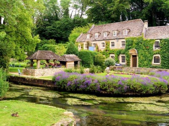 Cotswolds-Village