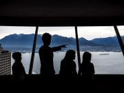 Canada_Vancouver Lookout_Viewing Deck
