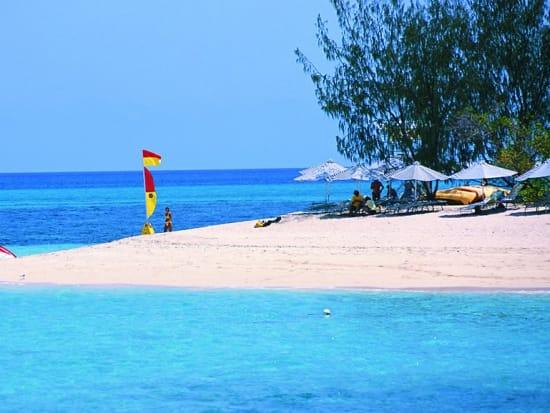 green-island-beach
