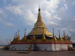 6チェンライBミヤンマーの仏塔