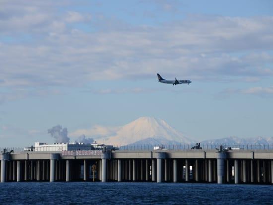 羽田⑦:羽田D滑走路と富士山