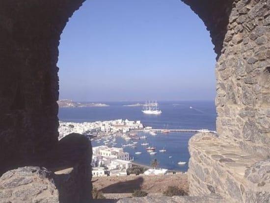 mykonos_island_town