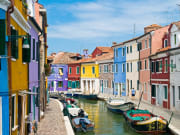 Italy, Venice, Colorful fishermen houses in Burano