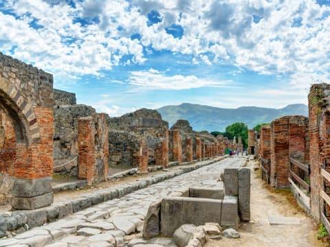 ナポリ・ポンペイ古代都市遺跡