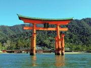 Floating torii gate of Itsukushima Shrine