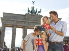 Berlin Welcome Card Family in Brandenburg Gate