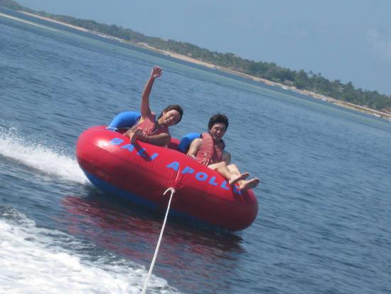 dounuts boat-2
