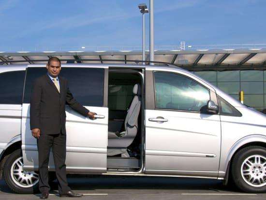 Airport Hotel Transfers Minivan