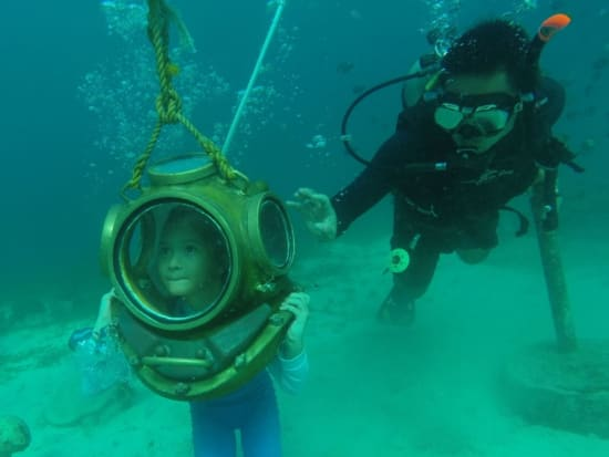 Child-friendly Helmet Diving