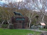 稚内公園「南極観測樺太犬訓練記念碑」