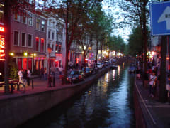 amsterdam-red-light-district-tour-walk