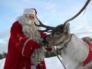Meet-Santa-Claus-with-Lapland-Safaris