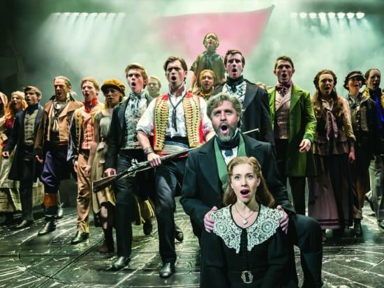 レ・ミゼラブルロンドンのミュージカルの舞台画像
